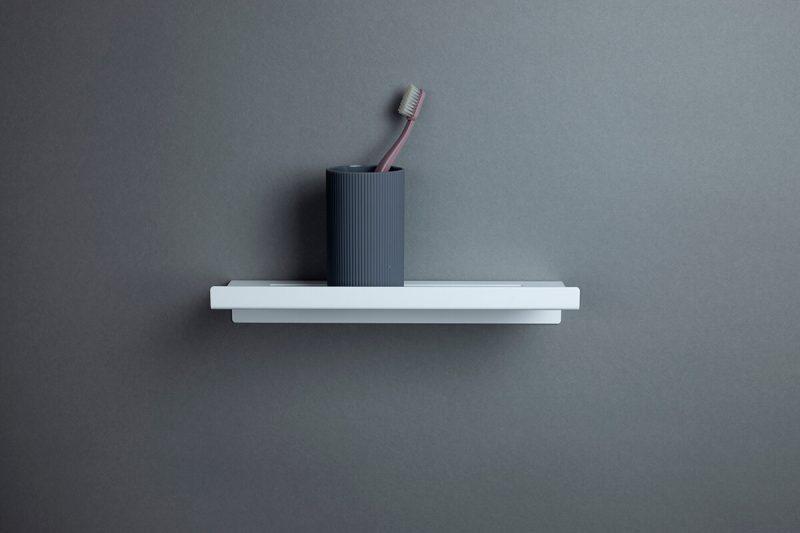 biała półka pod prysznic 30 cm IMOdesign