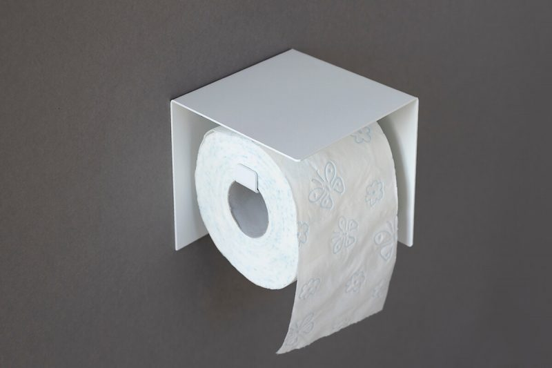 biały wieszak na papier TOi